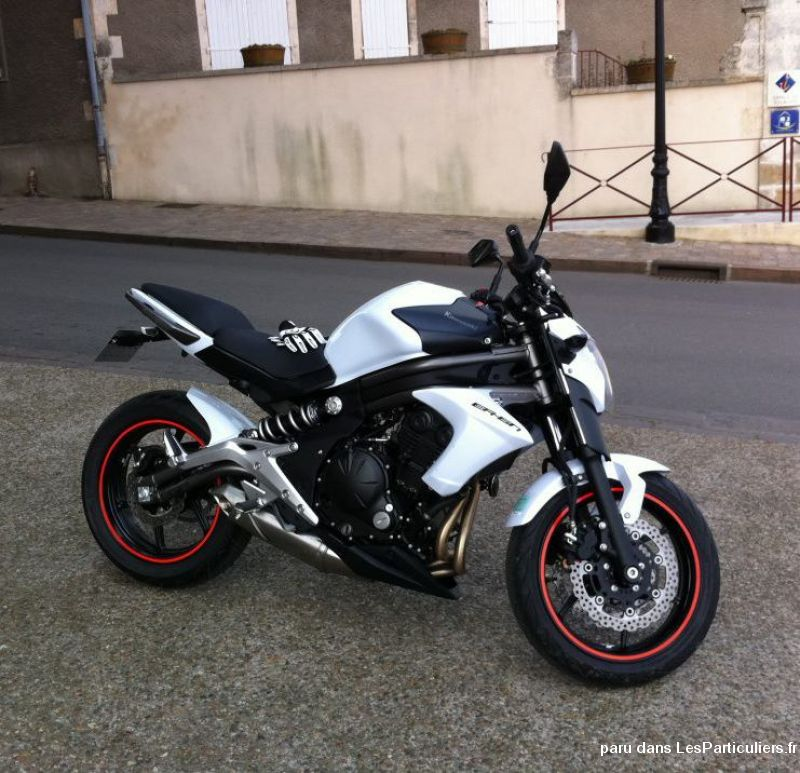 kawasaki er6n mod le 2012 blanche en vehicules motos cher. Black Bedroom Furniture Sets. Home Design Ideas
