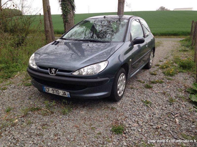 peugeot 206 essence 1 4 l vehicules cher. Black Bedroom Furniture Sets. Home Design Ideas