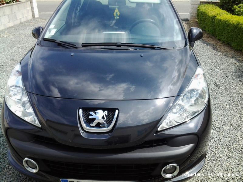 peugeot 207 1,4 hdi  style 70 ch - 5 portes vehicules voitures vend�e