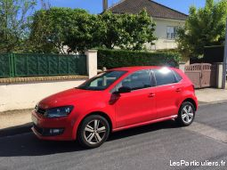 polo volkswagen rouge  vehicules voitures allier