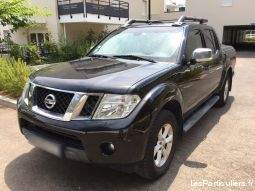 Nissan Navara Double Cab 2.5 DCI 190 LE Cover top