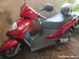 tr�s beau scooter vehicules scooters haut-rhin