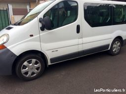 MINI BUS RENAULT TRAFIC 9 PLACES