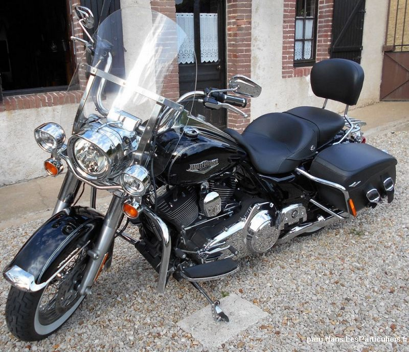 harley davidson road king classic modèle 2014 vehicules motos yonne