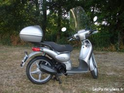 scooter aprilia scarabeo 100 4t vehicules scooters charente-maritime