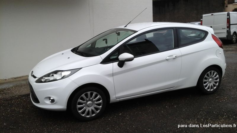 ford fiesta année 2012 vehicules voitures doubs