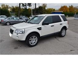 land rover freelander 2.2 td4 s. w. hse formidable vehicules voitures vaucluse