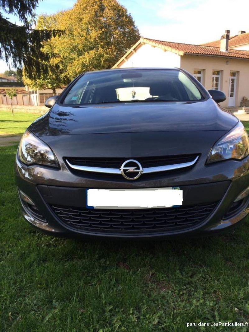 opel astra  vehicules voitures charente