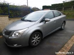 toyota avensis 2.2 l 150cv d4 vehicules voitures oise