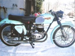 bianchi 125 freccia celeste gs de collection vehicules motos indre-et-loire