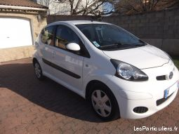 toyota aygo 5p. 20400kms vehicules voitures gard