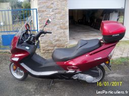 scooter revatto impérator 125 cm3 vehicules scooters finistère