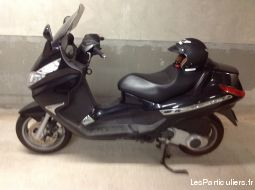scooter piaggio vehicules scooters var