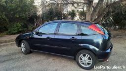 ford focus 1.8l ghia 90ch vehicules voitures vaucluse