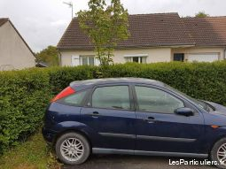 ford focus gia 1.6 l vehicules voitures indre