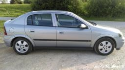 opel astra 2.2l 125 cv vehicules voitures ardennes
