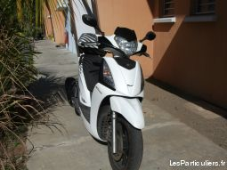 scooter 125 people gt kymco (1ère main)  vehicules scooters mayotte
