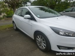 ford focus vehicules voitures mayenne