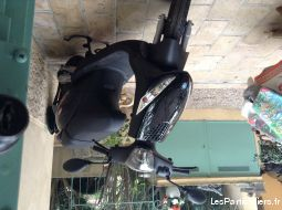 scooter piaggio zip 50 noir brillant vehicules scooters alpes-maritimes