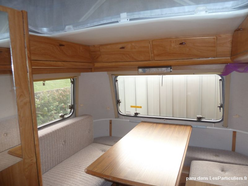 caravane eriba touring vehicules manche. Black Bedroom Furniture Sets. Home Design Ideas
