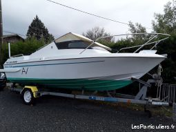 vedette arcoa  vehicules bateaux gironde