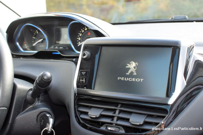 peugeot 208 fline 5 portes vehicules vosges. Black Bedroom Furniture Sets. Home Design Ideas