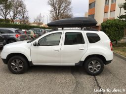 dacia duster vehicules voitures vaucluse