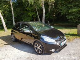 peugeot 208 xy vehicules voitures doubs