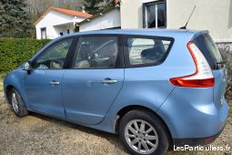 grand scenic vehicules voitures vienne