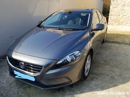 volvo v40 d2 115 momentum business full options vehicules voitures seine-et-marne