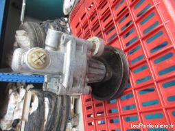 Pompe de direction pour Lancia Thema 8. 32