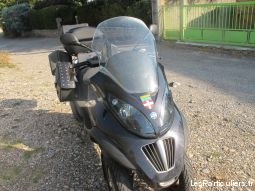 piaggio 400 ie (400 cm3)  vehicules scooters drôme