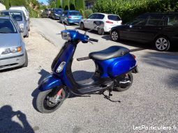 vespa  vehicules scooters alpes-maritimes