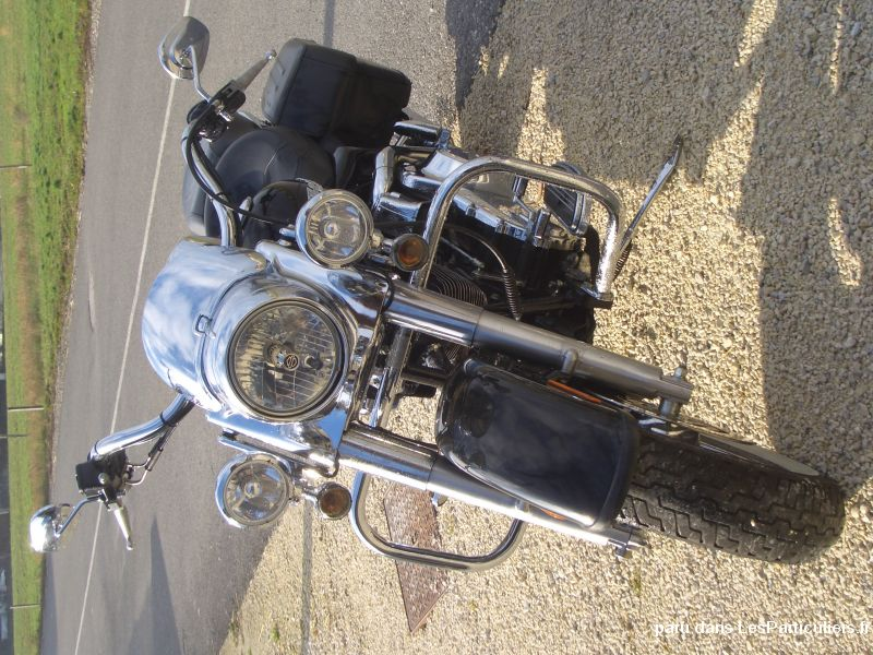 Harley davidson 1584 road king custom Vehicules Motos Haute-Savoie