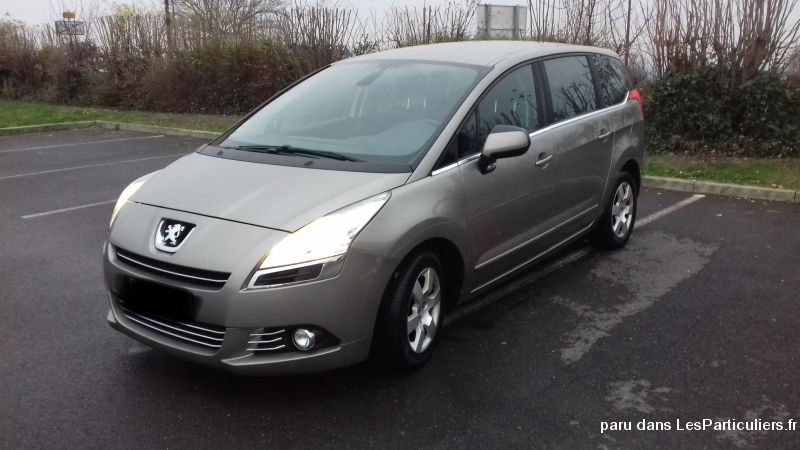 Peugeot 5008 - 7 places  Vehicules Voitures Marne