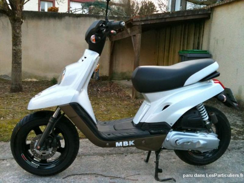 MBK booster spirite 12 Vehicules Scooters Hautes-Pyrénées