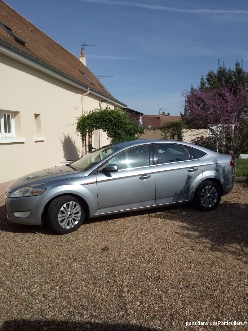 Ford Mondeo ghia Vehicules Voitures Sarthe