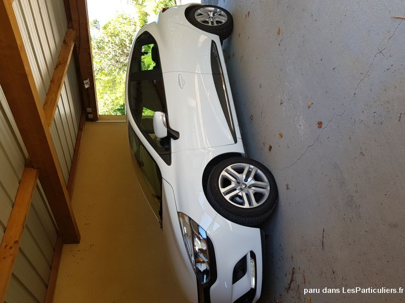 RENAULT CLIO 4 DCI 90 BUSINESS 22000KM 2017