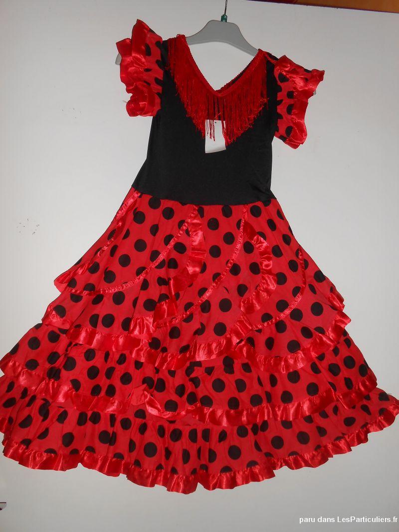 Belle robe espagnol flamenco 10 ans enfant bebe seine maritime for Modele chambre bebe fille le havre
