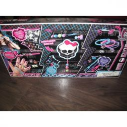 Monster high neuf