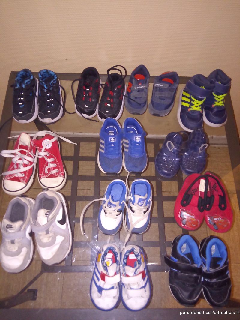 Lot de baskets enfants du 19, 5 au 25. 80 euros