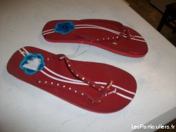 Tongs Rouge incrustation brillantes pt 38 -neufs-
