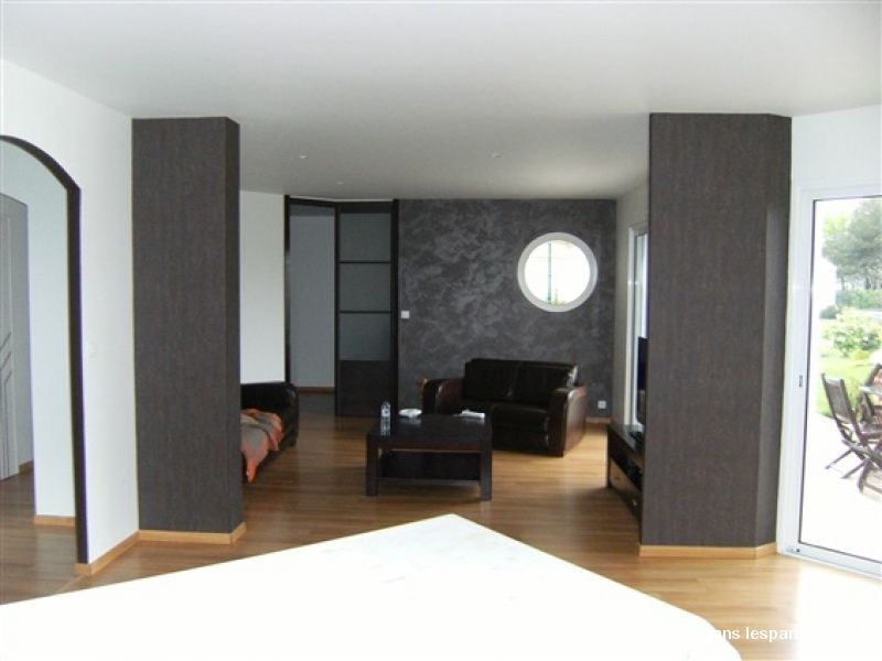 peintre services evenements gard. Black Bedroom Furniture Sets. Home Design Ideas