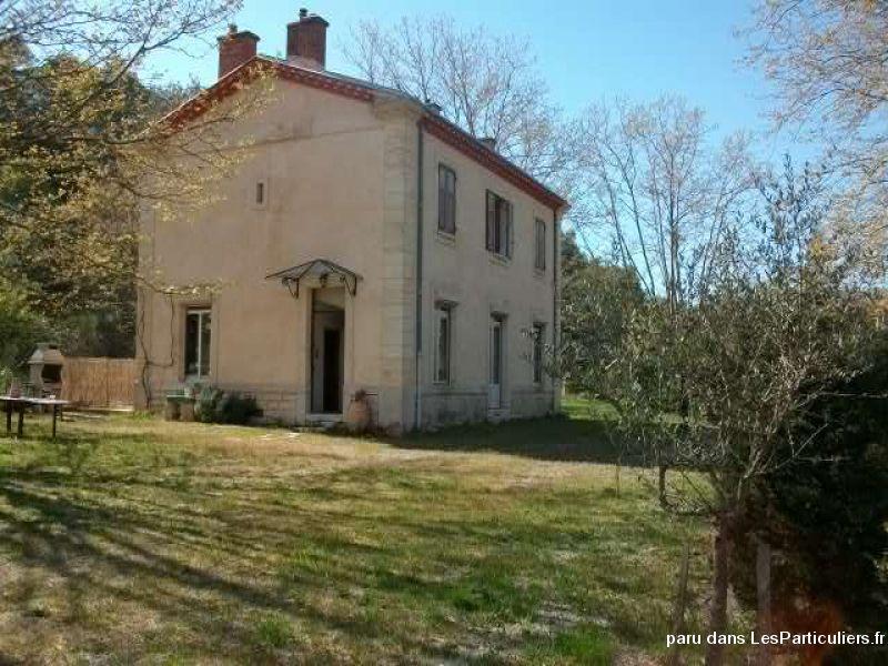 Ancienne gare maison atypique en pierre 83890 immobilier var for Immobilier maison atypique