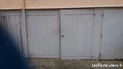 grand garage proche centre hy�res immobilier garage parking cave var