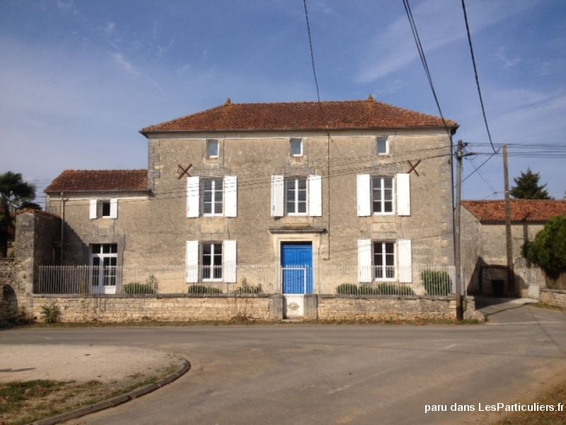 Belle maison de maitre immobilier charente - Organisation demenagement maison ...