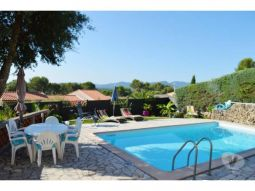 appartement 3 pi�ces avec piscine privative immobilier location vacances var