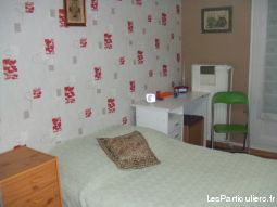une chambre  immobilier appartement creuse