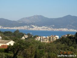 appartement f2 vue mer immobilier location vacances corse