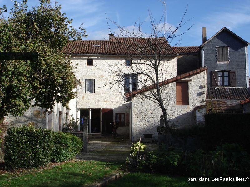 Av maison de village nanteuil en valle immobilier charente - Organisation demenagement maison ...